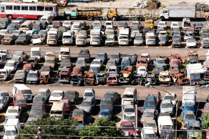 Auto Recyclers help you to Save Money