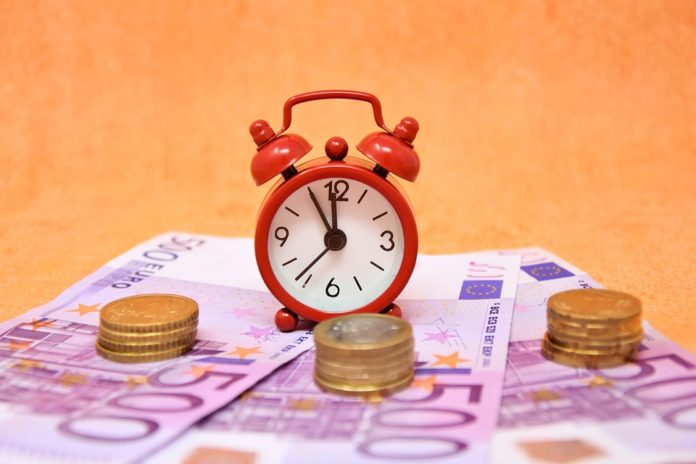 Pros and Cons of Bank Loans