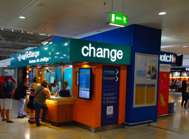 Changing money at the airport