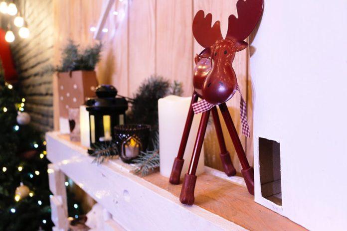 Christmas office decoration