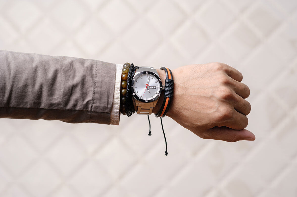 Aesthetic Wrist Timepieces for Men