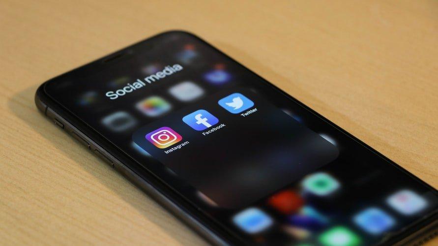Cons Of Social Media:
